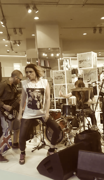 Lois and the Love going wild in H&M