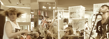 Lois and the Love giving a concert in the middle of H&M [London wYre]