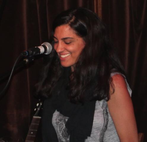 Nadine Khouri live at Folkroom. Photograph: London wYre